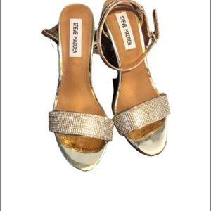 STEVE MADDEN Gold Jeweled Strappy Heels NWT